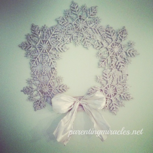 snowflake-wreath