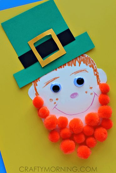 We plucked some of the best (and easiest!) St. Patrick's Day craft for kids straight from Pinterest for you. Kiss me, I'm crafty! #kidcrafts #holidays #Irish #clover #crafts #DIY