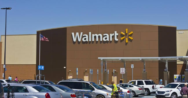 Shots Ring Out as Mom Is Attacked In Walmart Parking Lot While ...