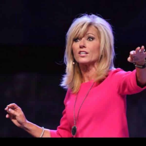 Dear beth moore thank you for calling out male church leaders on beth moore twitter voltagebd Choice Image