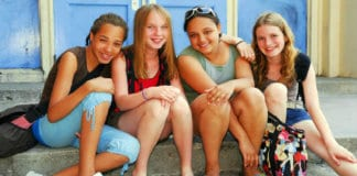 Girl friendships can change a lot in middle school. They may ebb and flow as everyone makes new friends, explores new friendships, and sometimes grows apart. And middle school friendships can be hard on your daughter. Find out these important things you should tell your daughter about her friendships in middle school. #middleschool #friendshipgoals #girlfriends #adolescence #relationshiptips #friendshipadvice #foreverymom