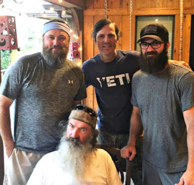 jase robertson duck dynasty no beard