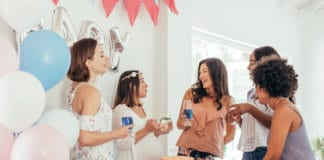easy baby shower games for large groups
